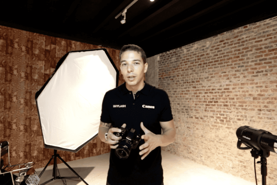 Too Many Flash y Canon ofrecen formación en fotografía en abierto.